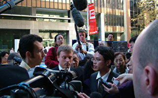 组图﹕陈用林先生接受记者采访