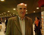 聯合國退休人員弗朗索瓦‧佩雷茲先生(攝影:Lily/大紀元)