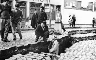 地震造成在街道极大的裂缝图片来源:gettyimages)