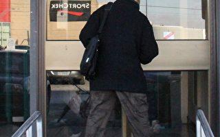 盗11家中餐馆嫌犯汉森仍被监禁