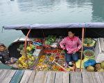 水上市场是越南观光的一大特色。(摄影: 吴树枝/大纪元)