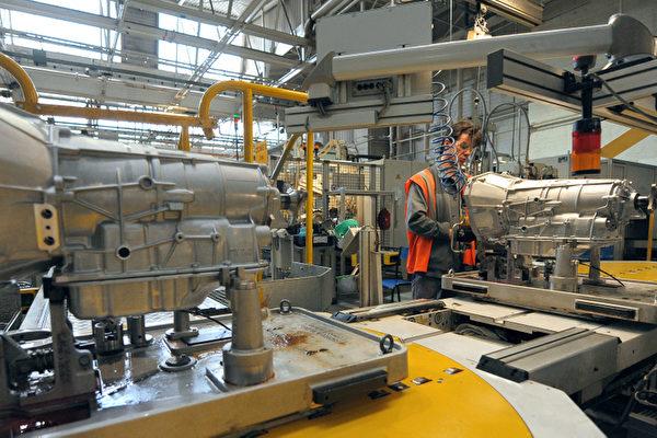 美国制造业连升四个月 标普和纳指续创新高