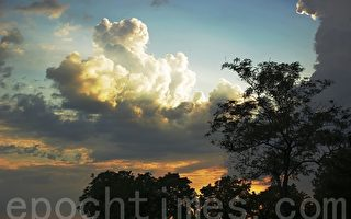 美麗的烏克蘭白雲與晚霞(上)