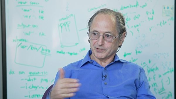 2013年诺贝尔化学奖得主——迈克尔.莱维特(Michael Levitt)。(图片:新唐人电视提供)