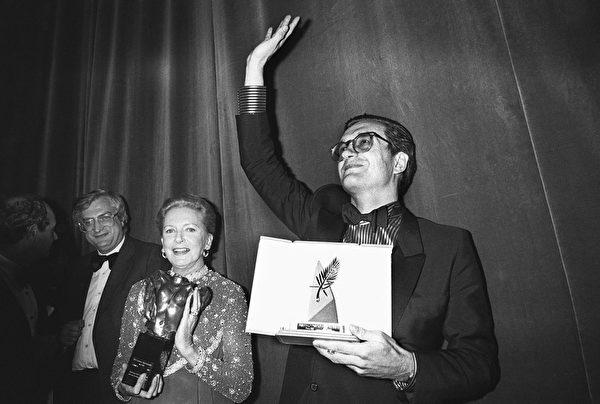 1984年5月,维姆·文德斯凭借《德州巴黎》获戛纳影展金棕榈奖。(RALPH GATTI/AFP/Getty Images)