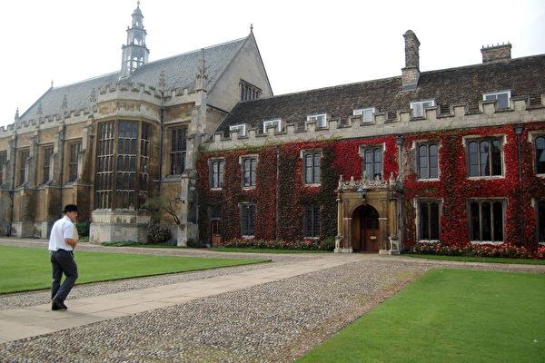 剑桥提高入学要求 牛津申请者激增