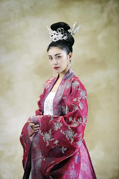 河智苑出演《奇皇后》剧照。(东森戏剧台提供)
