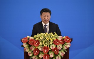 美國兩名學者在媒體撰文表示,若要了解中國大陸領導人習近平,不是去比較中共過去的領導人,而是要對照蔣介石。圖為今年4月28日習近平在CICA第五屆外長會議致詞。(Iori Sagisawa-Pool/Getty Images)