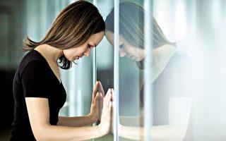 中医认为人的七情与五脏密切相关,惊恐与肾相对。(Fotolia)