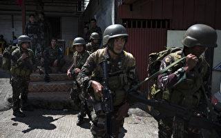 美國駐菲律賓大使館發言人週六(6月10日)透露,美國特種部隊正在協助菲律賓軍方,打擊在菲律賓南部一城鎮的伊斯蘭囯好戰分子(IS)。 (Photo by Jes Aznar/Getty Images)