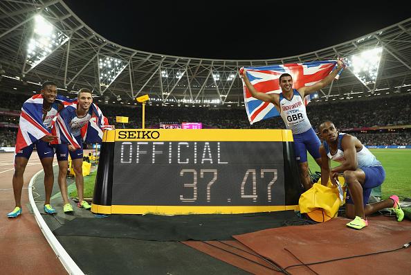 田徑世錦賽上,英國奪得男子4*100米接力冠軍。這是英國首次在田徑世錦賽上奪得團體項目的金牌。(Patrick Smith/Getty Images)