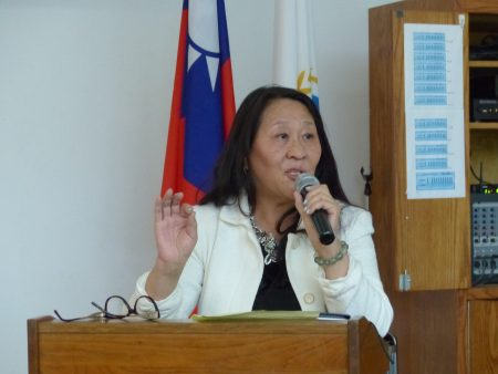 心泉新生活协会会长李芳介绍,台湾的医疗观光很有潜力。