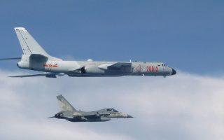 中共軍機頻繞台 台灣七成三的人無法接受