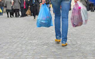 多伦多市议员提议  对塑料袋收费或禁用