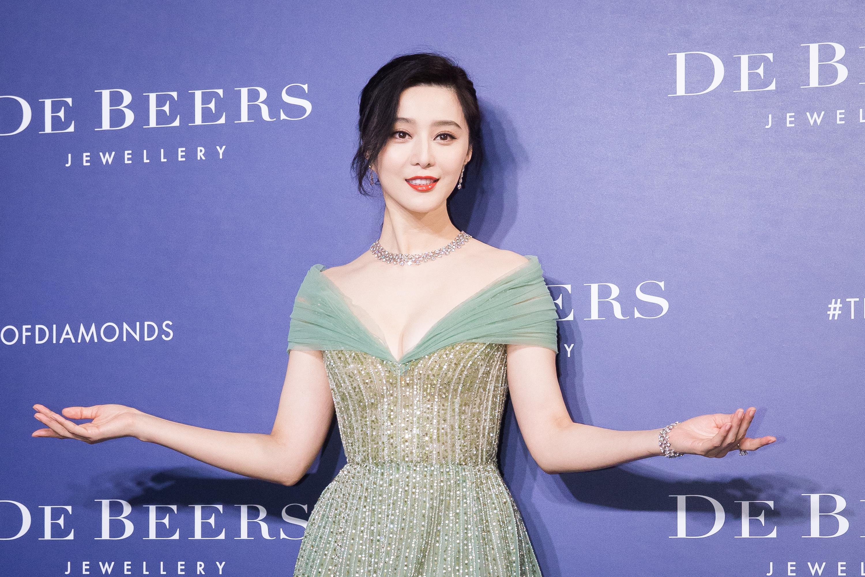 有消息稱中國女星范冰冰因捲入「陰陽合同」逃稅案,遭囚禁在北京「小豪宅」裏 ,每天要自付「房租」。(陳柏州/大紀元)