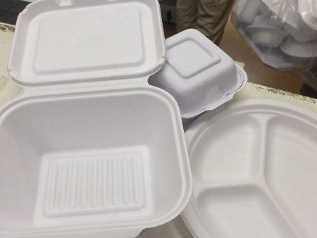 大多數中國菜都帶湯汁,而且高溫、高油。這些紙質飯盒只適合西餐用。