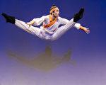 組圖:中國古典舞大賽複賽 青年男子組風采