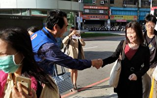 陳學聖市府外與員工六點約定  有公務員轉頭走