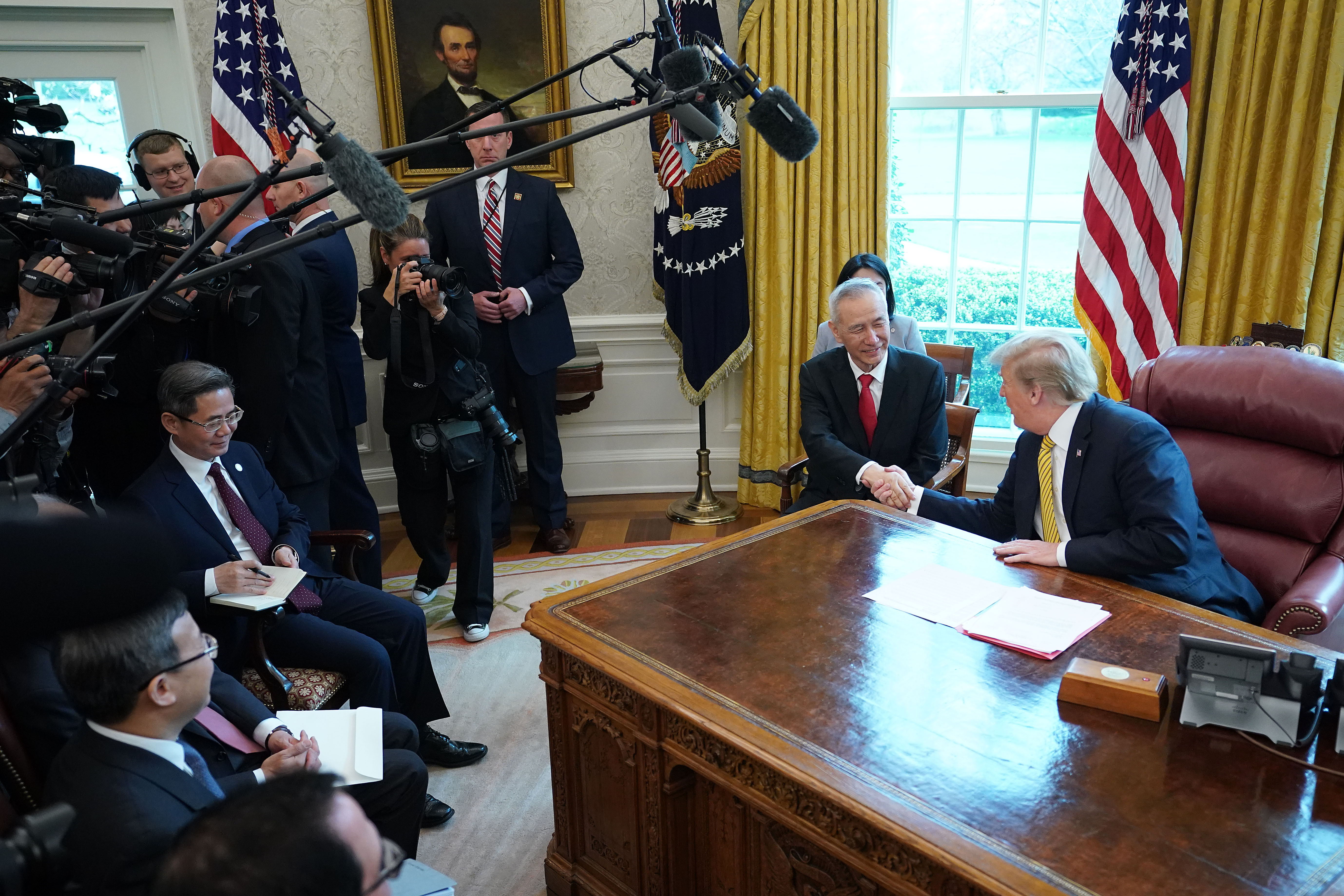 劉鶴三訪白宮 三張照片透露中美談判玄機