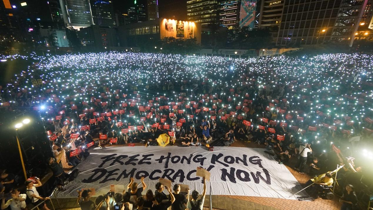 【新聞看點】特朗普爆共軍集結 香港危機如何解