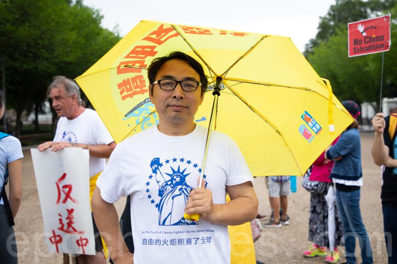 因言獲罪、被關押八年的大陸作家楊子立表示,法治和自由是香港最寶貴的精神遺產。(林樂予/大紀元)