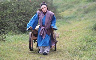 16年後回歸 楊麗花為「寒冬跪墳」戲病一週