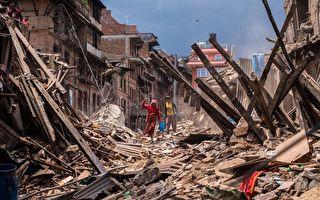 """尼泊尔强震22小时后获救 """"奇迹宝宝""""长大了"""
