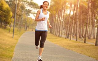 在吃早餐前先运动,可以延缓体重增加。(Shutterstock)