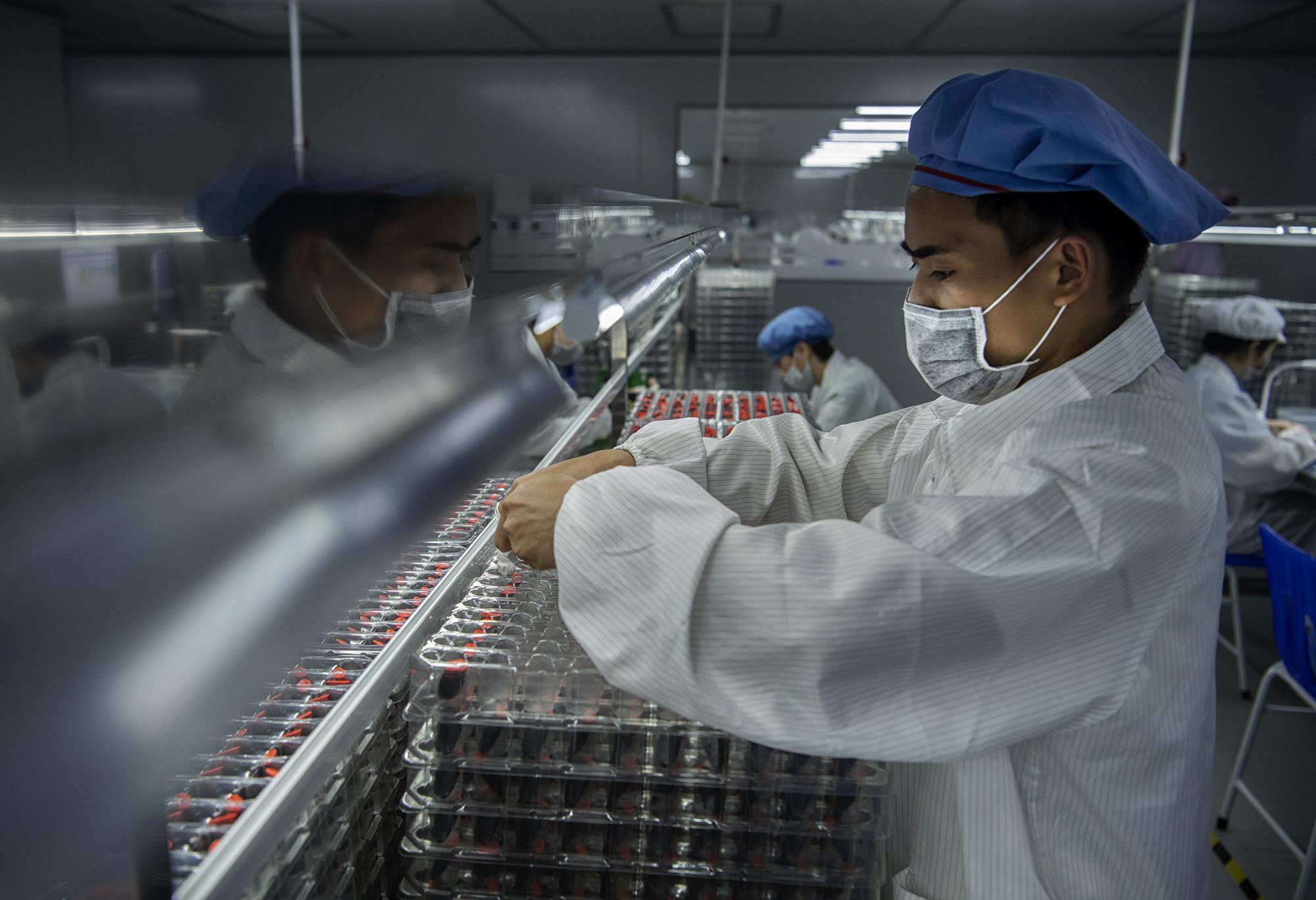 中國經濟出現歷史性崩潰 黨媒報道避重就輕