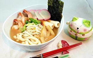 【梁厨美食】海鲜猪骨汤鱼面 懒人料理口袋名单