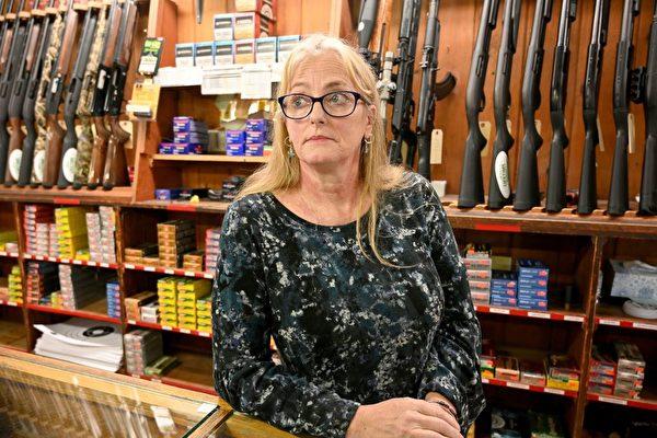 暴力和反警勢力膨脹 美國買槍自衛者激增