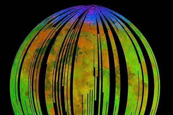 研究:月球缺氧缺水却在生锈