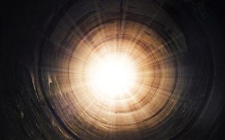 女子濒死在隧道中高速飞行 还与耶稣对话