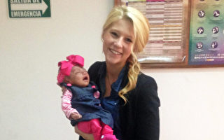 女子收养脑部仅为3%的弃婴 给她短暂的家