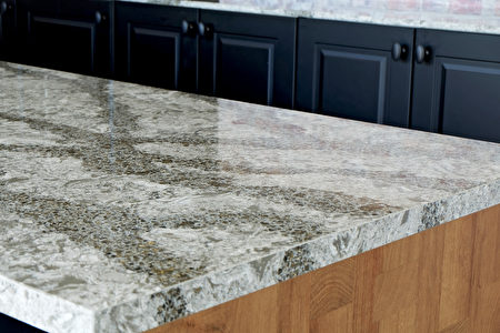 Beautiful,Quartz,Stone,Counter,Top,In,Kitchen,Room,With,Black,Shutterstock,檯面