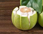 柚子皮是宝!1个妙用除臭味、清油垢